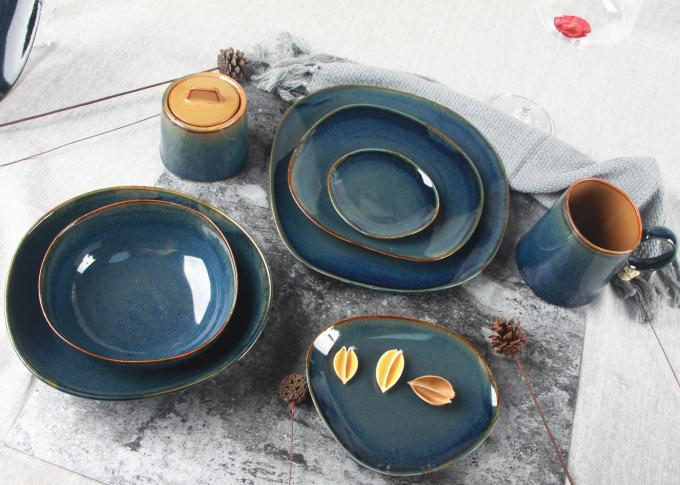 Organic Shaped Ceramic  Dinnerware Sets 16 Pieces With Blue Reactive Color
