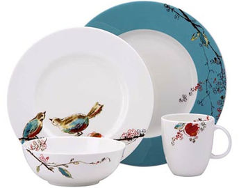 Customized White Porcelain China Dinnerware Sets With Bird And Flower Decal Printing