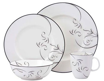 Black Rim Round Porcelain Dinnerware Sets 16pcs With Decal Printing